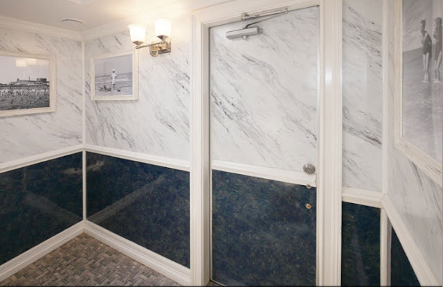 Black and White Marble Walls