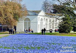 Kew Gardens Inggris