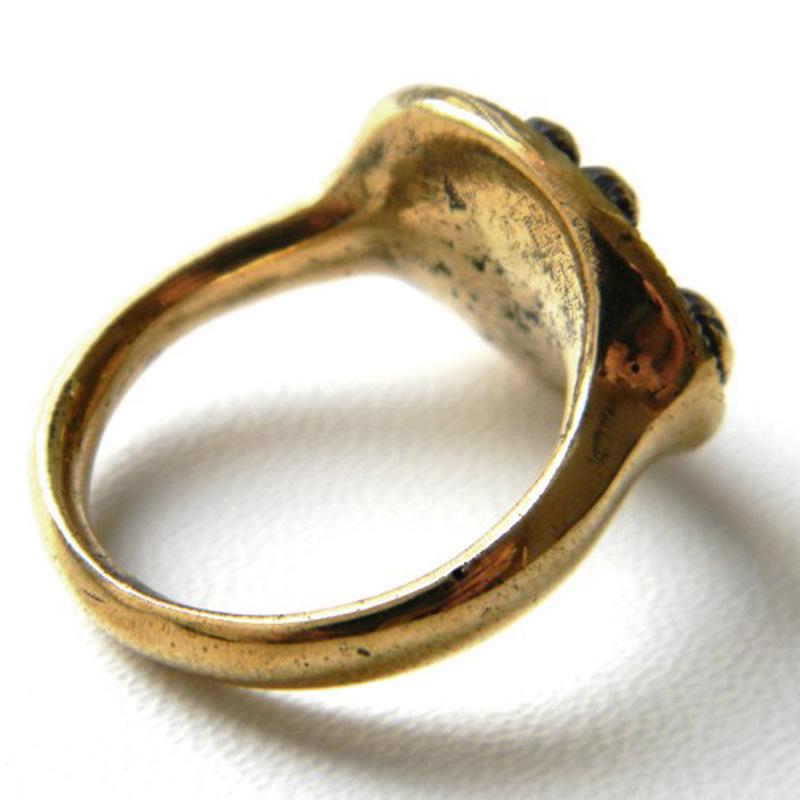 купит латунные кольца кулоны ювелирные изделия оптом