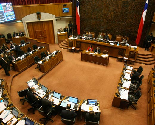 Senado chileno apoya propuesta para suspender a Venezuela de la OEA