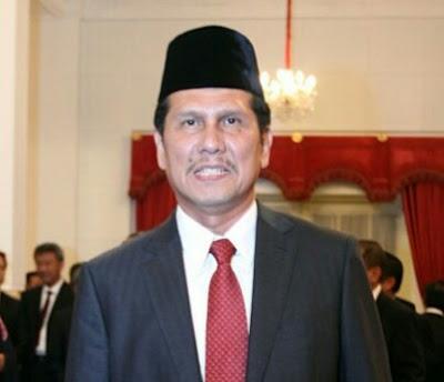 Soal Revisi UU ASN, Jokowi Diminta Tegur Menteri PAN-RB