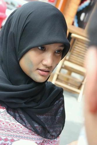 watch fatin shidqia lubis sing pumped up kicks joined auditon on the x factor indonesia she was so shy but have amazing voice