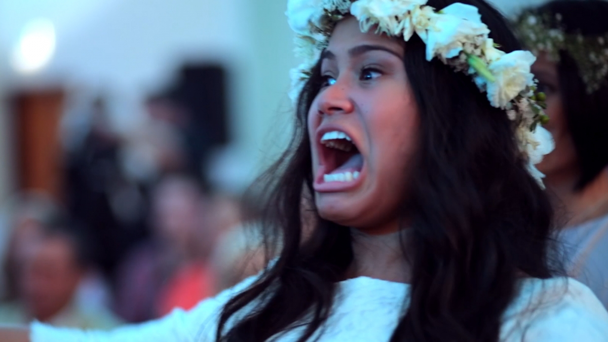 Passionate Wedding Haka Makes A Maori Bride Burst Into Tears