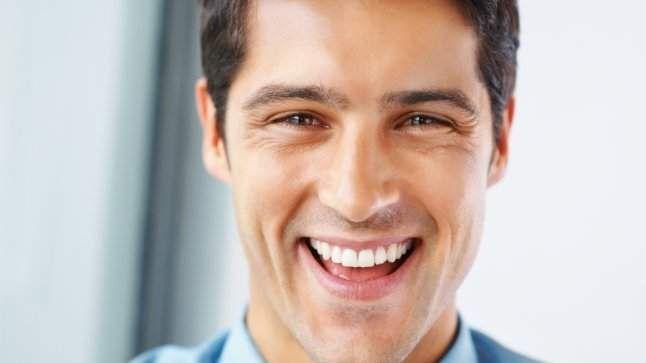 تجنب هذه العادات للمحافظة على أسنانك