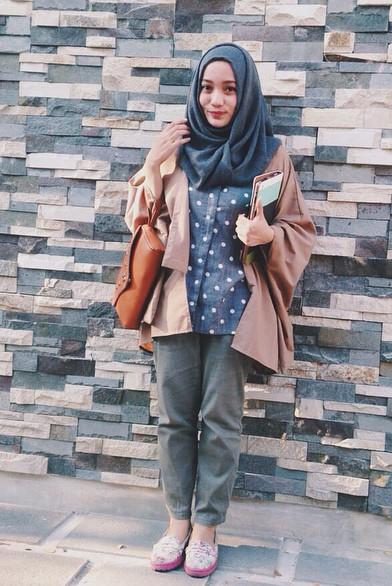 model hijab remaja simpel