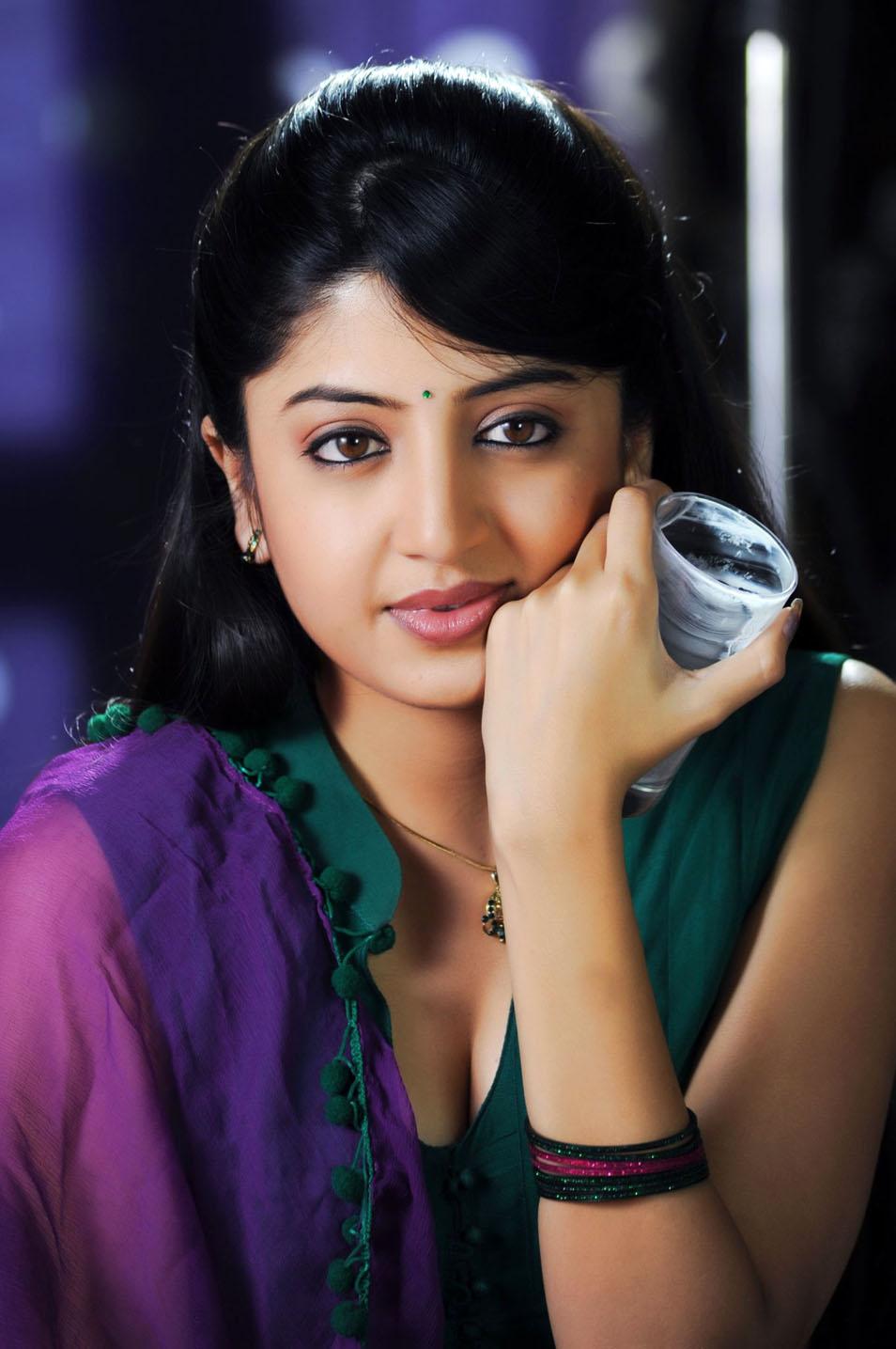 Poonam Kaur latest Hot Stills | Telugu songs free download