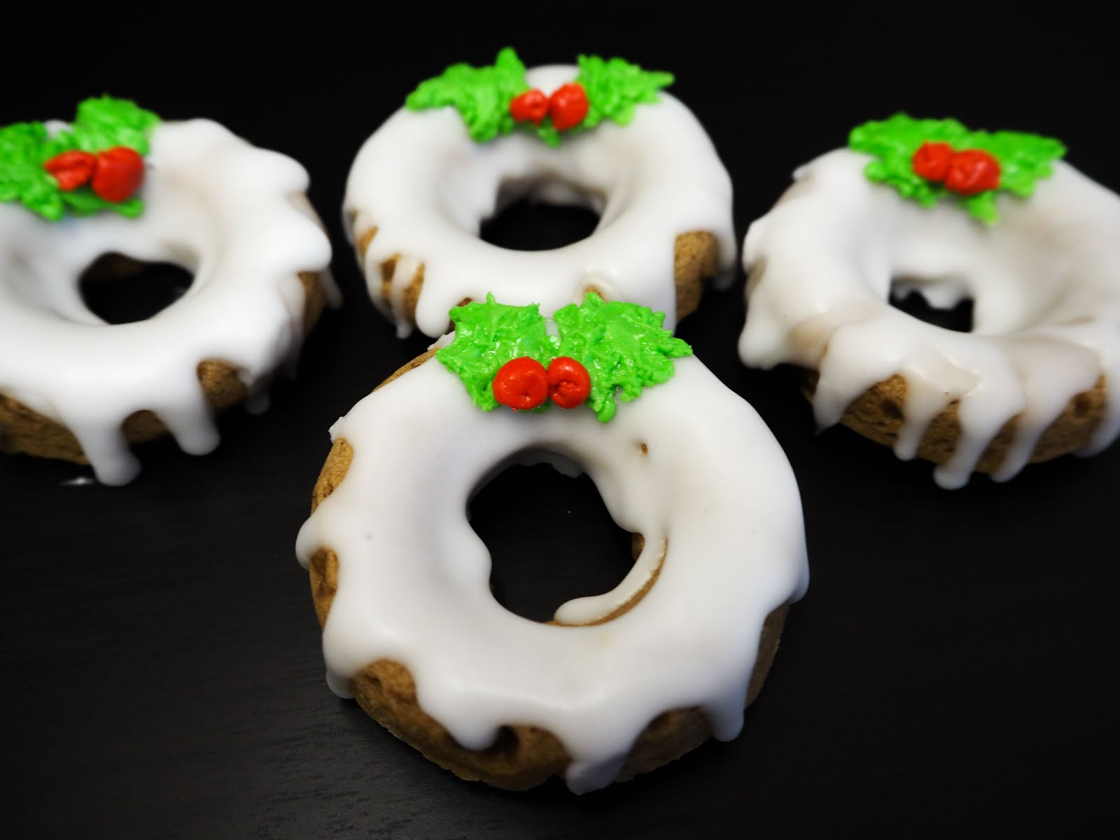 I've teamed up with Sarah Howells from The Gluten Free Blogger to create these beautiful Christmas inspired dairy and gluten free donuts.