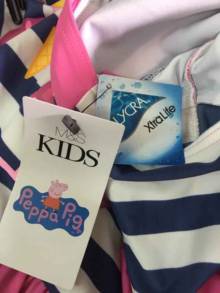 Áo bơi Peppa pig, hiệu M&S hàng xuất Anh Made in cambodia.