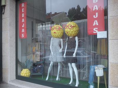 escaparate verano - adaptación para rebajas