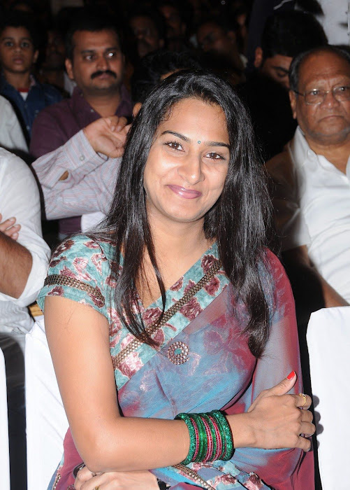 surekha vani saree hot images