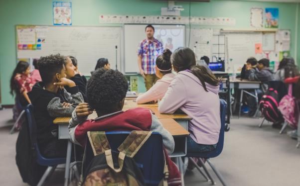 Kumpulan Ucapan Hari Guru Untuk Mengenang Satria Tanpa Tanda Jasa