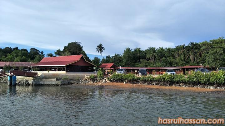 Pengalaman Memancing di Chalet Kampung Nelayan Tiga, Damai Laut