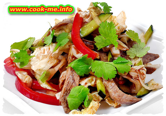 Salad with beef meat and cucumber