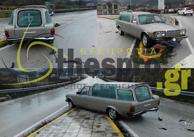 Ηγουμενίτσα: Τροχαίο ατύχημα με νεκροφόρα (+ΦΩΤΟ)