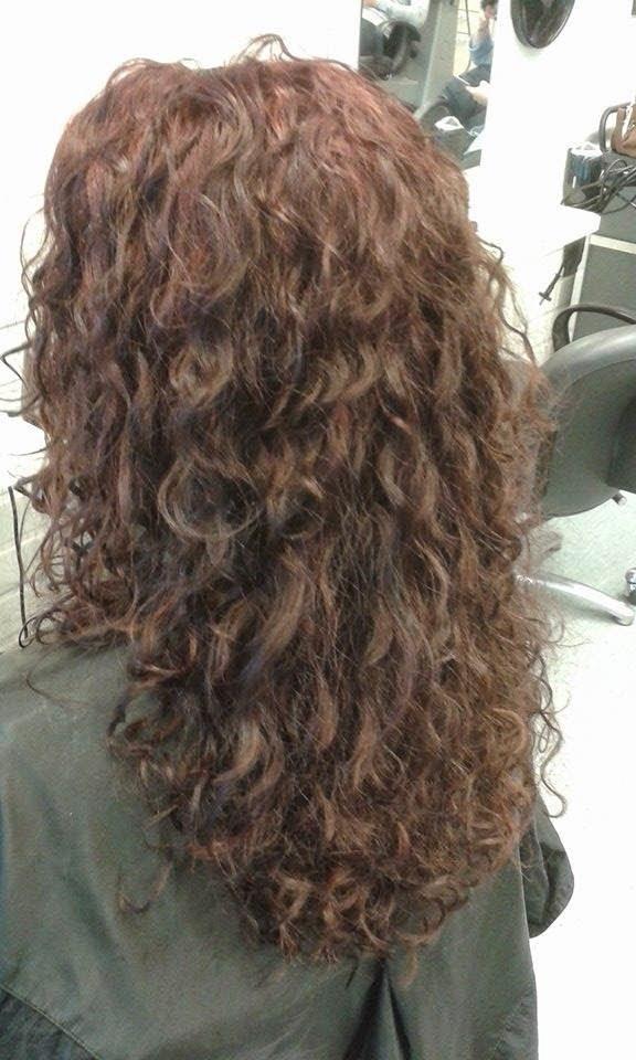 Luonnonkiharat Lyhyet Hiukset
