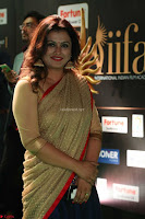 Sona in Saree at IIFA Utsavam Awards 009.JPG