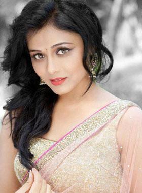Images for Prarthana Behere   Marathi Actress प्रार्थना ...