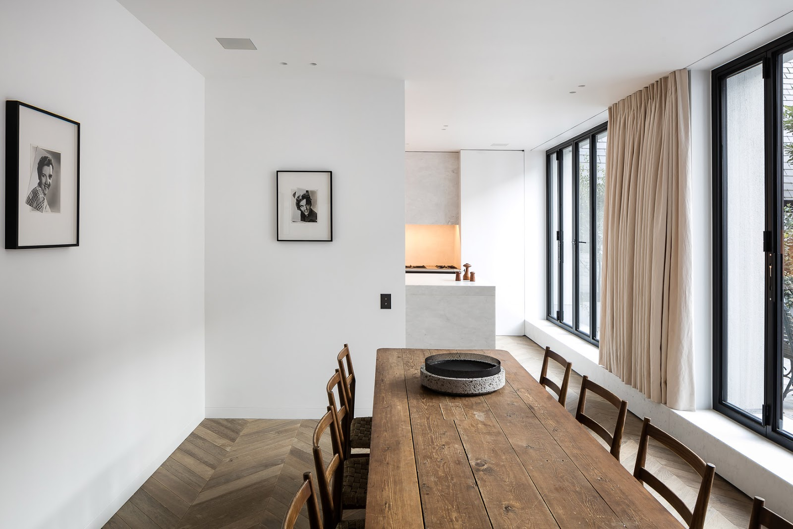 simplicity love mk house belgium nicolas schuybroek architects. Black Bedroom Furniture Sets. Home Design Ideas