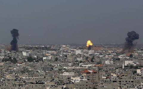 Izrael húsz célpont ellen intézett légicsapást a Gázai övezetben, válaszul a hajnali palesztin rakétatámadásra