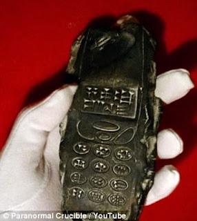 ponsel berusia 800 tahun