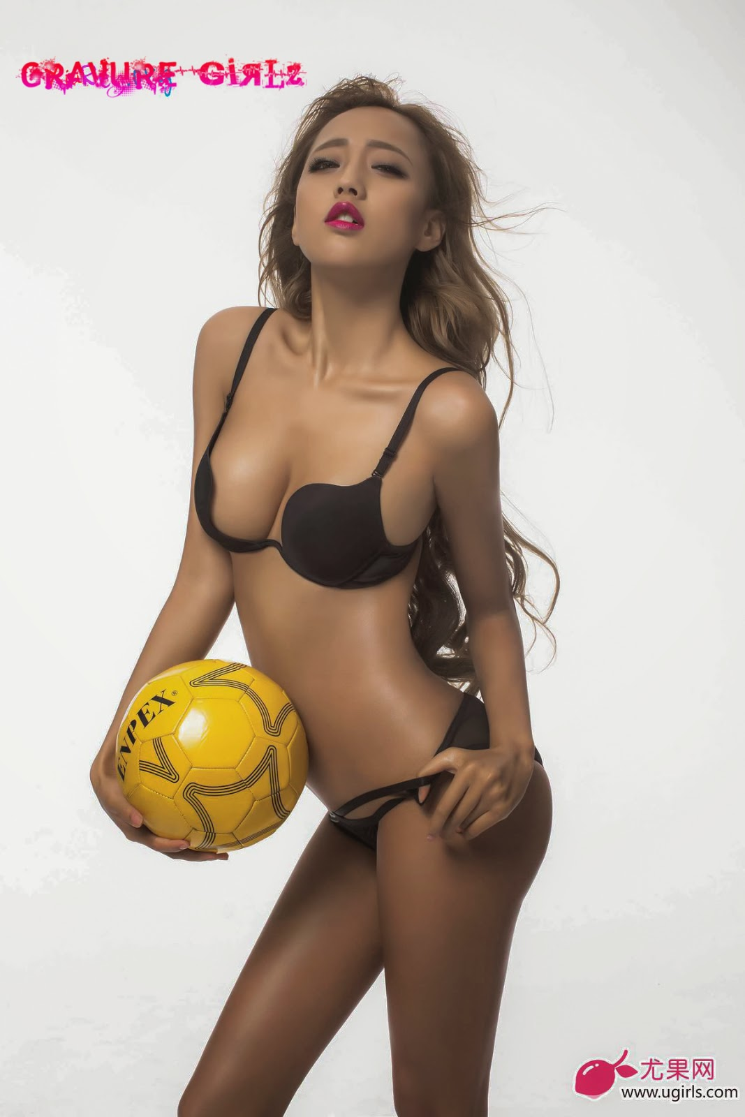 Soccer World Cup Bikini Babes Topless [ugirls_尤果网] 世界杯德国 ...