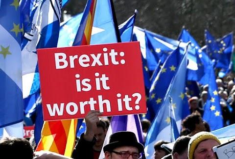 Brexit - PM: jelentős többletfeladatot ró a Brexit a Nemzeti Adó- és Vámhivatalra