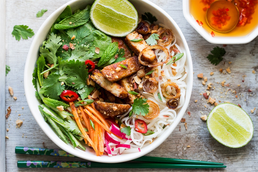 Beginners Guide to Vegetarian Plant Base Diet - Recipe Idea Lazy Cat Kitchen Vietnamese Tempah Noodle Salad
