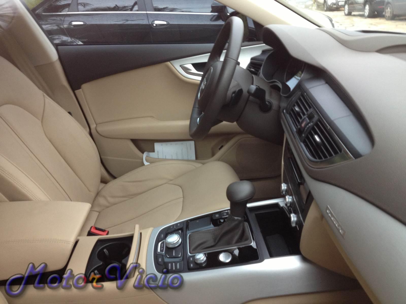 Audi A7 2013 Preto Com Interior Bege Motor Vcio
