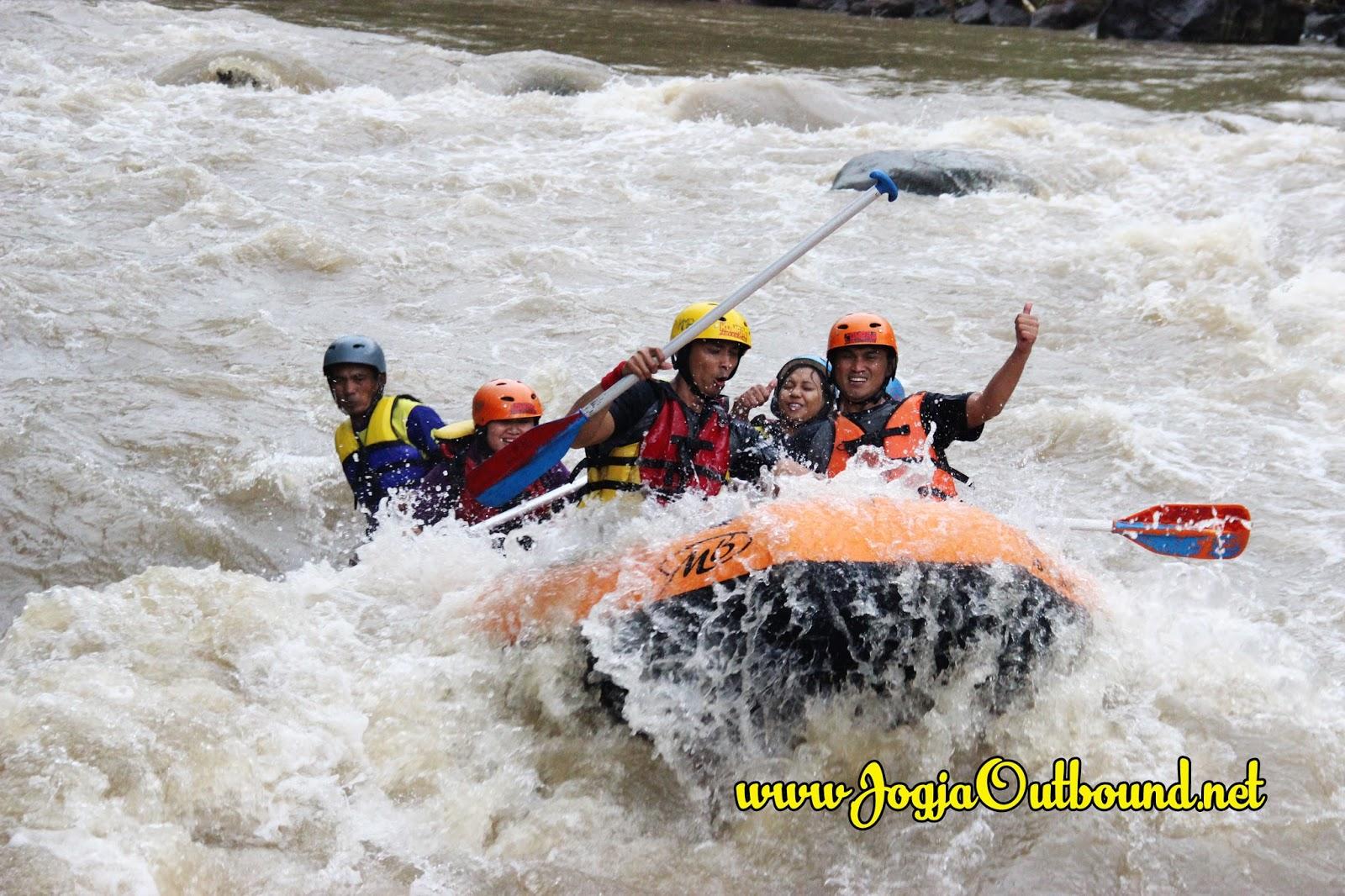 Arung Jeram Rafting Sungai Serayu Wisata Dieng Wonosobo Rafting