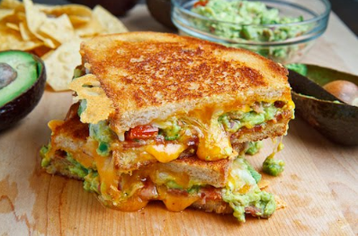 Bacon Guacamole Grilled Cheese Sandwich #sandwich #vegetables
