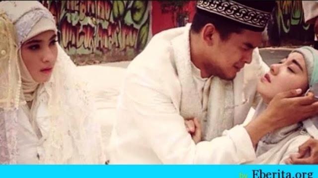 http://www.radarislam.com/2016/12/kisah-menguras-air-mata-istri-meninggal-suami-ipar.html