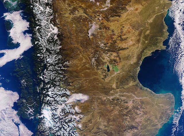 Diferentes voos e tempo de avião até Santiago do Chile