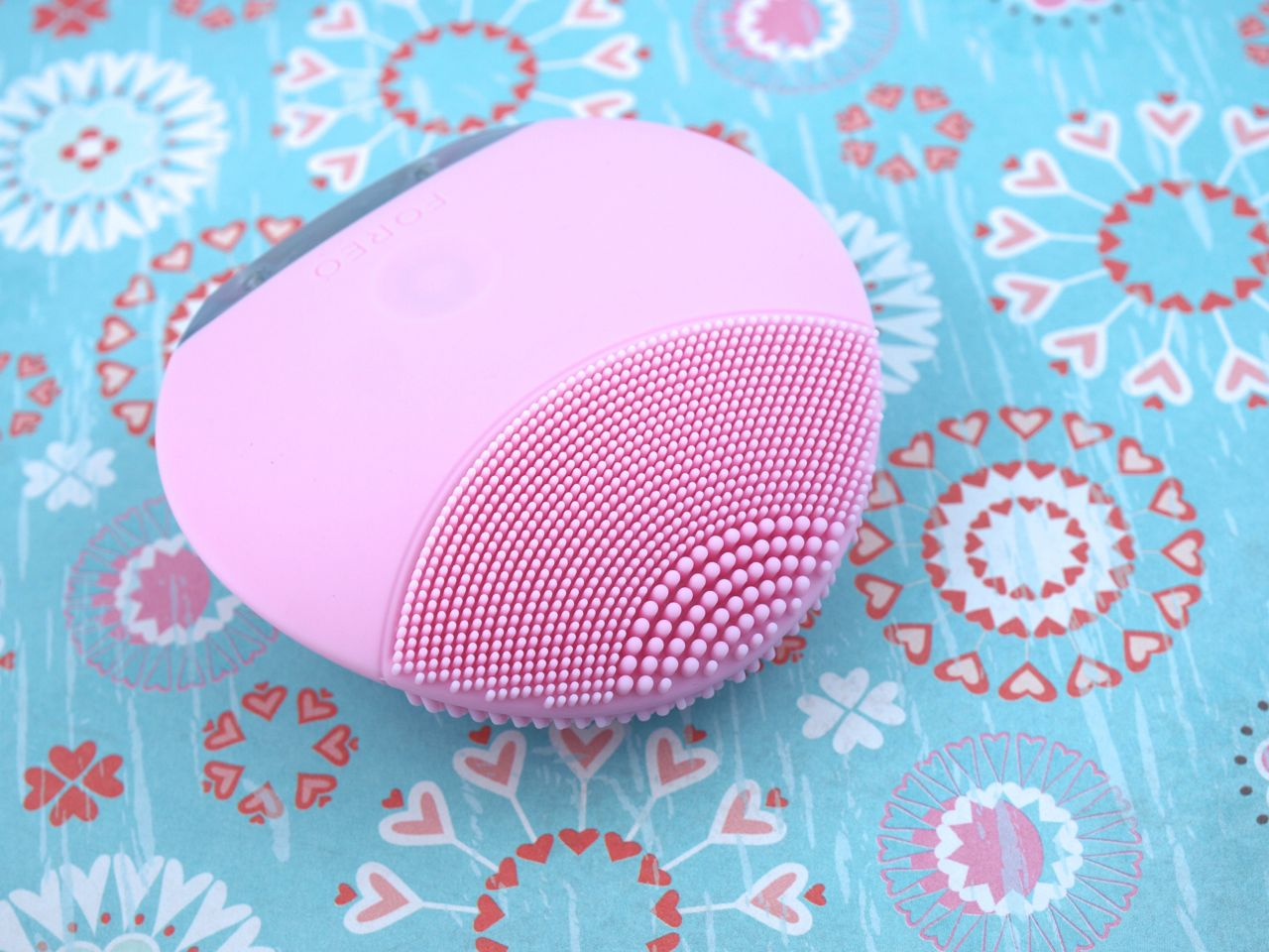 Foreo Luna Mini T-Sonic Facial Cleansing Device: Review