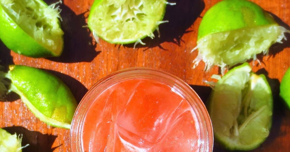 Simple Forest: Strawberry Limeade {Honey Sweetened}