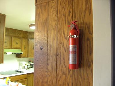Ở nhà bếp nên để bình xa khu vực nấu nướng, xa bình gas