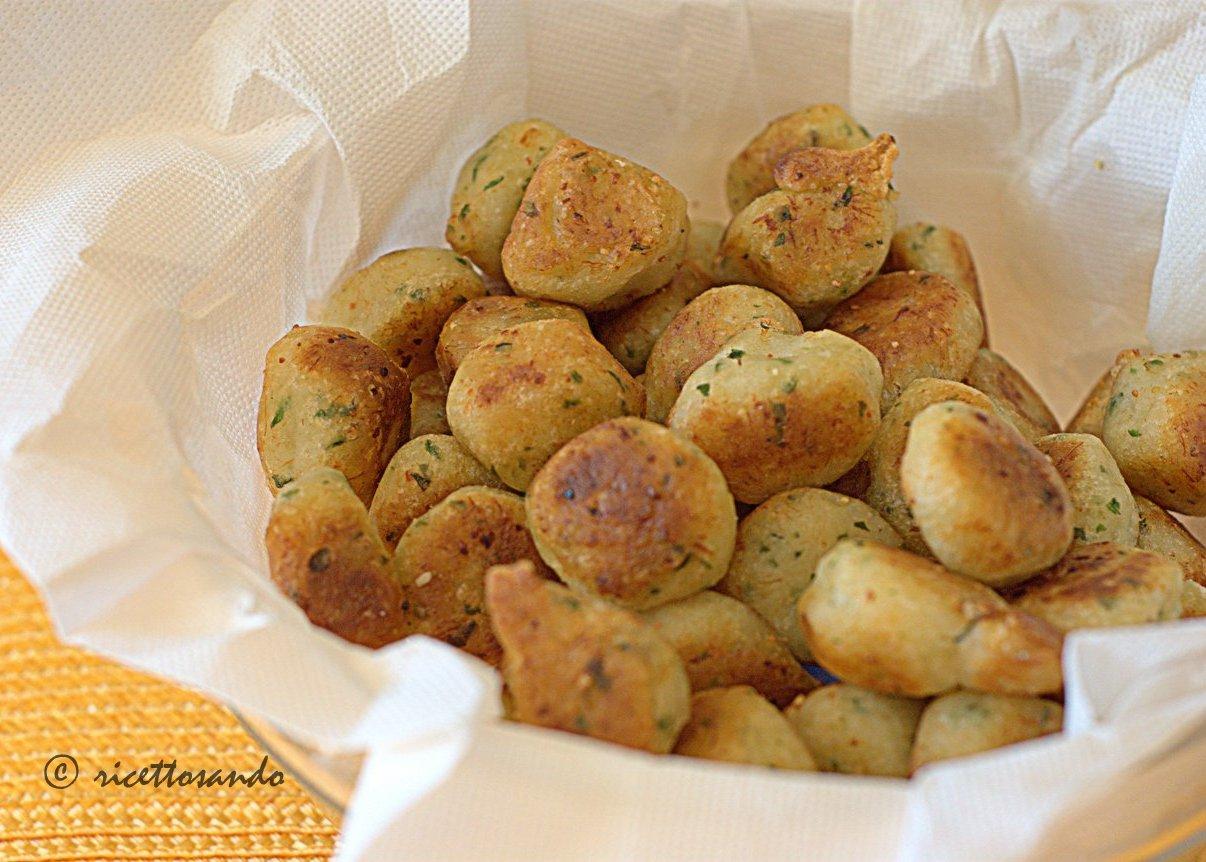 polpettine di baccal portoghesi pastelinhos de bacalhau