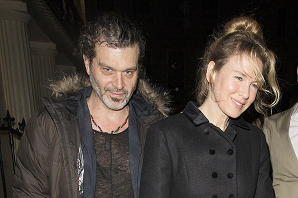 Renee Zellweger arrived at the party with her boyfriend Doyle Brèmhollom II