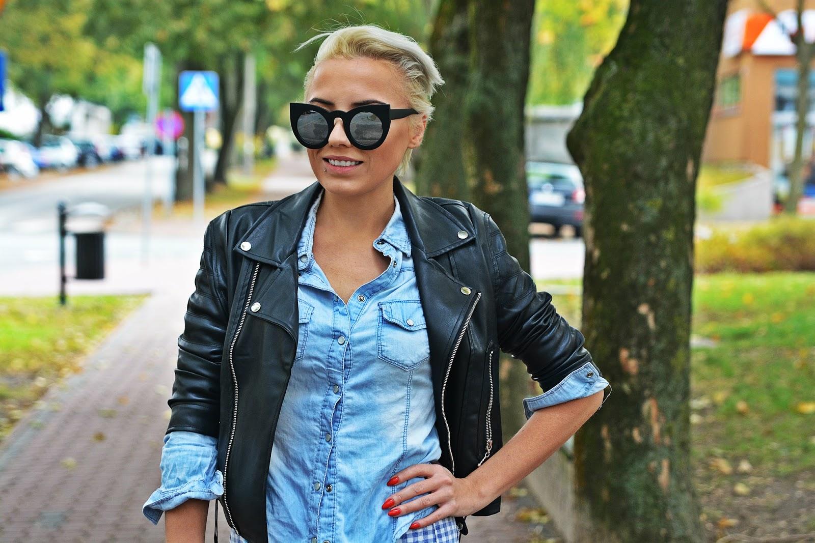 niebieskie_spodnie_ramoneska_czarna_kocie_okulary_13