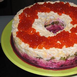salat-korallovyj-braslet
