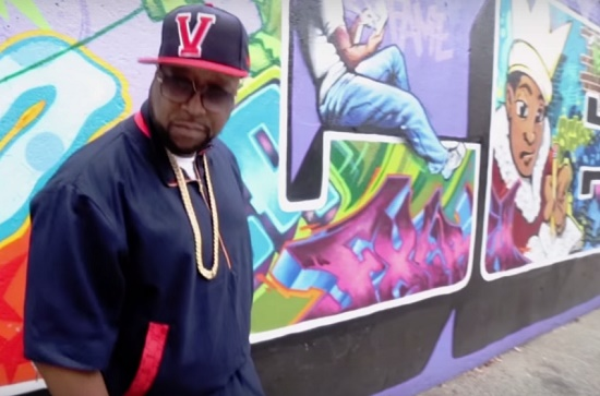 DJ Kay Slay - Straight Outta Brooklyn (Feat. Fame, Maino, Papoose, Troy Ave, Uncle Murda, Moe Chipps & Lucky Don) [Vídeo]