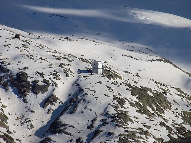 Monte Rosa Hutte
