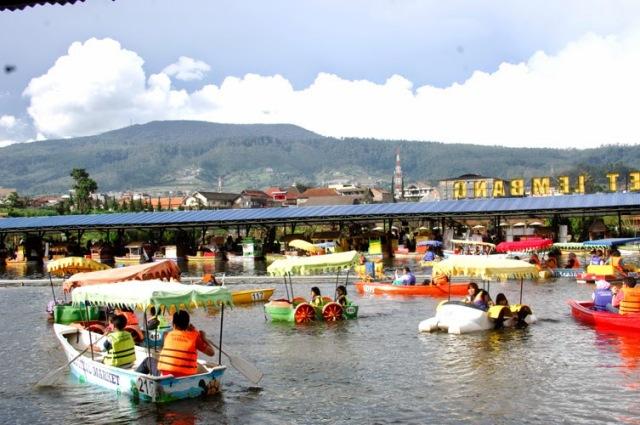 Paket Wisata Bandung Qinanatour Daftar Kuliner Makanan
