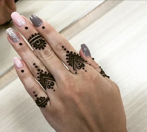 easy and beautiful mehandi designs