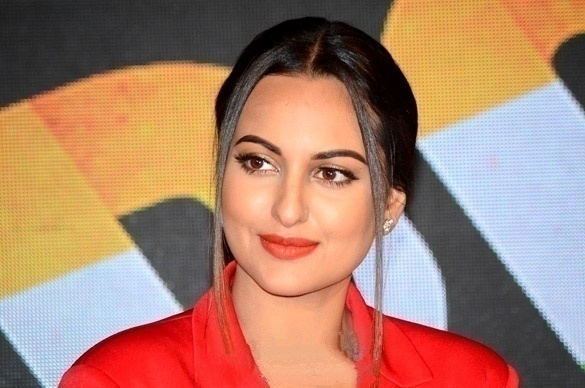 Top 10 Highest Paid Bollywood Actresses/Sonakshi Sinha