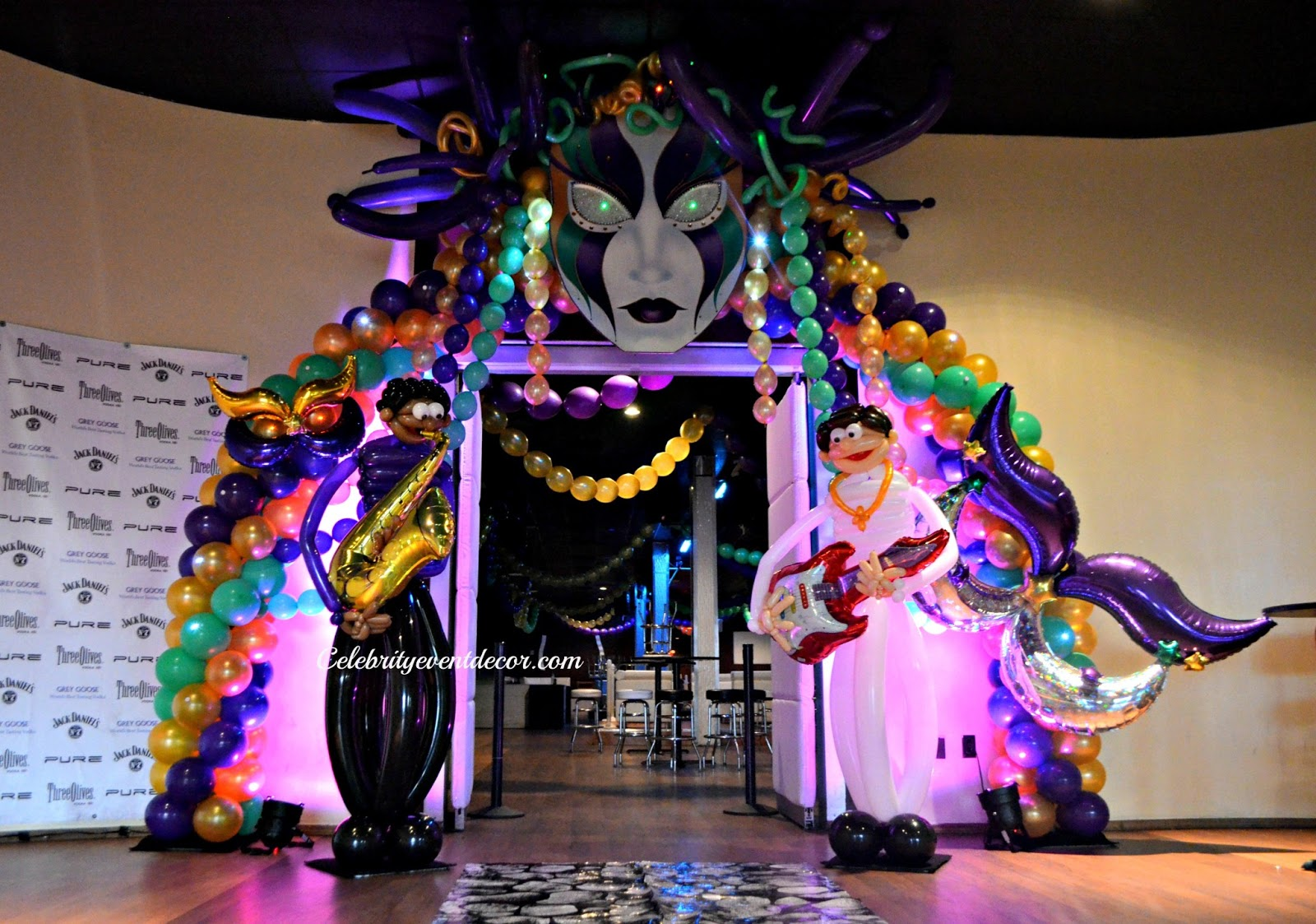 Mardi Gras Balloon Arch | Mardi Gras Balloon ideas ...