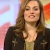 Jornalista entra em trabalho de parto ao vivo durante telejornal, veja o vídeo
