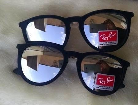 Ray Ban ERIKA preto é um modelo super charmoso de óculos de sol de estilo  retro. Possui uma qualidade incrível que deixa qualquer pessoa com um look  ... b219a1e6f7