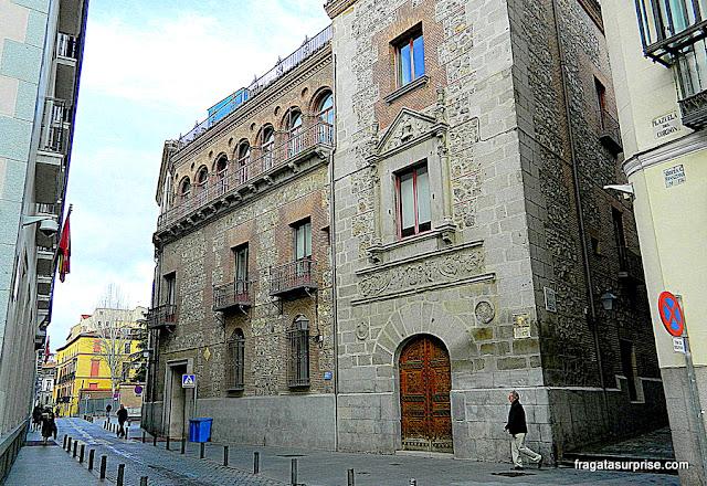 Uma das ruas mais antigas de Madri: Calle del Cordón
