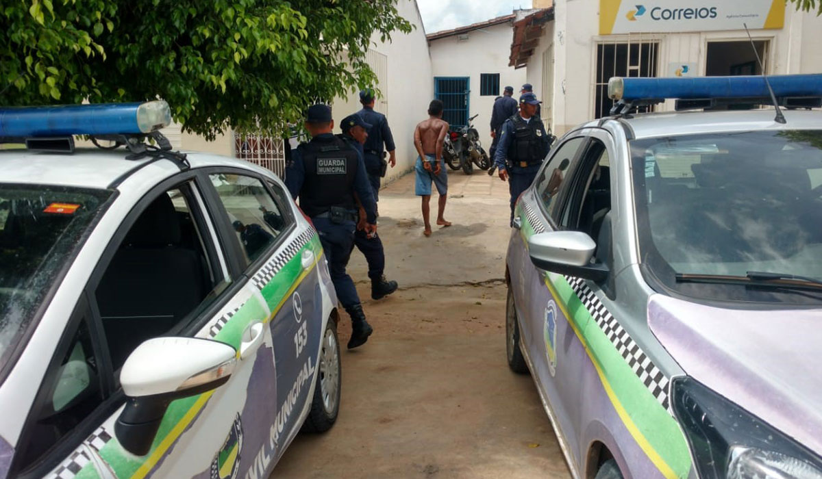 782c2884768cd Guarda Municipal de Jacobina recupera duas motos roubadas e prende suspeito  de assaltos