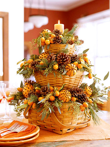 These stacked baskets filled with acorns and greenery make the perfect centerpiece.